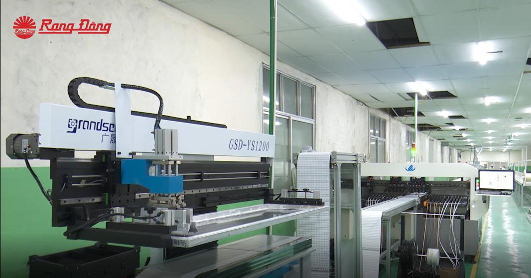 Tìm hiểu quy trình sản xuất đèn LED Dây Rạng Đông