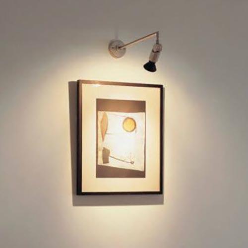 Đèn soi tranh