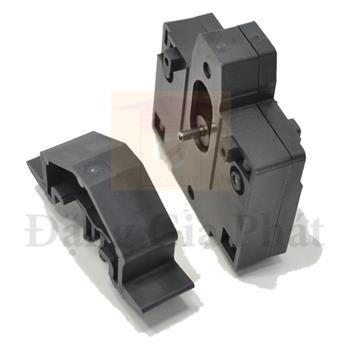 Liên động cơ khi dùng cho LC1E630 LAEM8