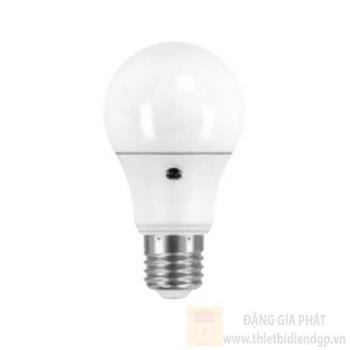 Đèn Led Sensor Osram Led Star + Daylight Sensor Cla 7W LED SP CLADS 7W/840 230V FR E27