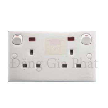 Bộ ổ cắm đôi 3 chấu 13A có công tắc đèn báo, kiểu Anh E25N_WE_G19