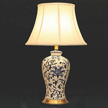 Đèn bàn chụp vải thân gốm VENUS KT9036 KT9036