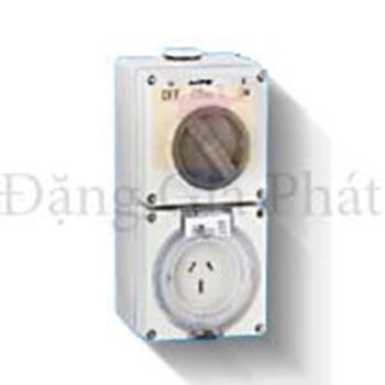Ổ cắm kết hợp công tắc 3 cực IP66 250V S-315